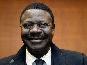 Tin bóng đá sáng 1/4: Cựu chủ tịch đội bóng Pháp qua đời vì Covid-19