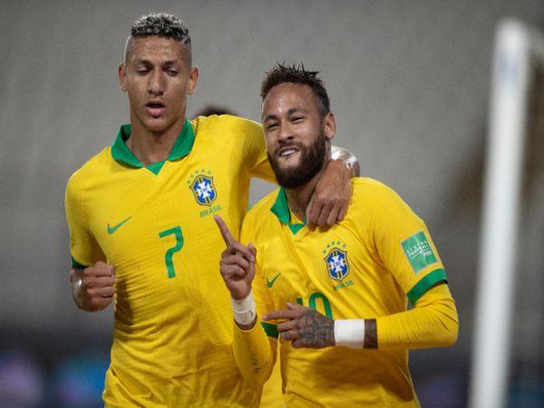 Tin bóng đá trưa 14/10: Neymar vượt Ronaldo hướng đến kỷ lục của Pele